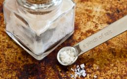 Refined Salt vs. Sea Salt